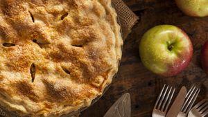 Рецепт вкусной яблочной шарлотки. Готовим популярный осенний пирог