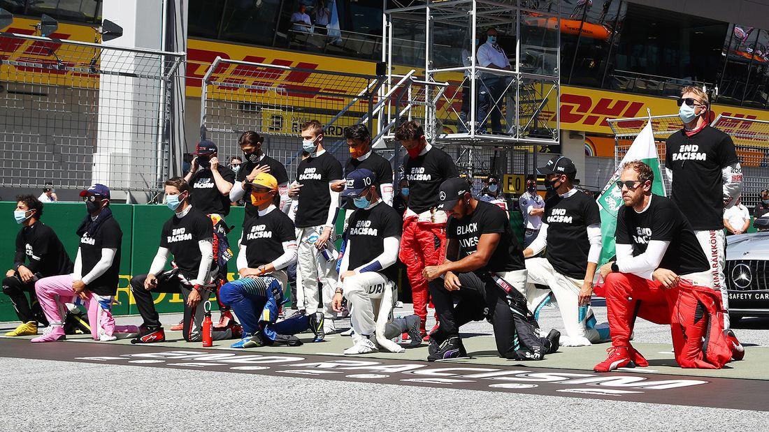Квят и еще пять гонщиков не встали на колено