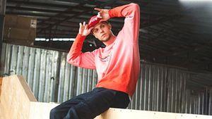 «Баскетбол привел меня к делу жизни». Рэп-артист TEEZAY — о творчестве и спорте