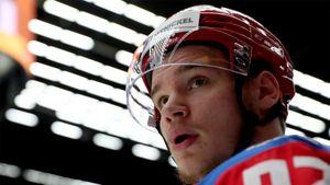 Хоккеисты сборной России поддержали юниоров перед финалом ЮЧМ-2021