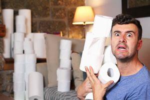 Борец Хафизов: «В США люди скупают годовой запас туалетной бумаги, берут по 80 рулонов»