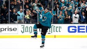 Крутой гол американца приблизил к отпуску еще двоих русских из НХЛ. Он феерит всю неделю