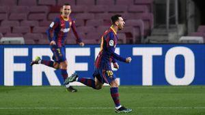 «Барселона» разгромила «Эльче», Месси оформил дубль