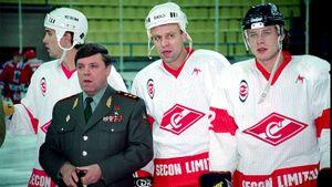 «Вы— предатели!» Как армейцы Буре иФетисов сыграли за«Спартак» ипопали под гнев министра обороны