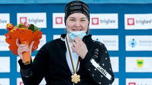 17-летняя девушка из Южно-Сахалинска — главная звезда ЧМ по сноуборду. Надыршина — самая юная чемпионка в истории