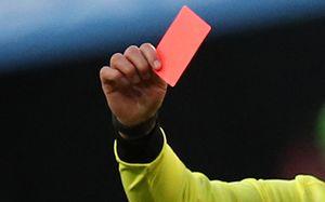 В Турции вратарь получил красную карточку на первой минуте матча