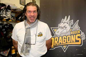 (twitter.com/championshockey)