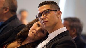 Мама Роналду попала вбольницу сподозрением наинсульт