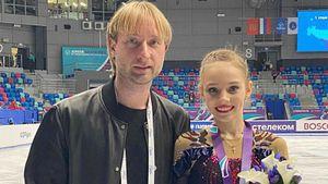 Ученицы Плющенко спорят за путевку в финал, как и почему ISU изменил правила отбора: главное об этапе ЮГП в Линце
