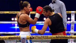 Один из самых быстрых нокаутов в истории женского бокса состоялся в Казани: видео
