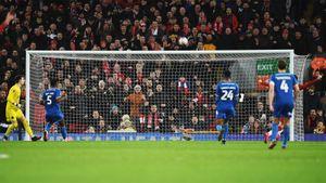 Самый юный состав вистории «Ливерпуля» вышел в1/8 финала Кубка Англии благодаря нелепому автоголу