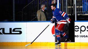 Панарин и Шестеркин не смогли помочь канадскому таланту. Грустный дебют Лафренье в НХЛ — 0:4 в дерби