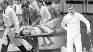 Советского фехтовальщика Лапицкого чуть не убили на Олимпиаде в Москве. Поляк ранил его в спину рапирой