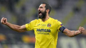 «Вильярреал» обыграл «МЮ» в серии пенальти, Рульи парировал удар Де Хеа! Финал Лиги Европы, как это было