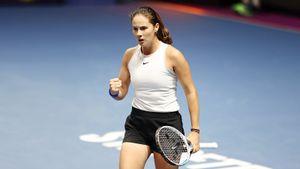 Касаткина выиграла турнир в Санкт-Петербурге после снятия Гаспарян с финала из-за травмы