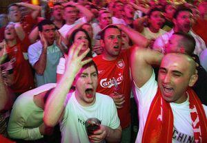 Стадионы «Ливерпуля» и«Боруссии» Д— втоп-3 самых страстных вмире. Российские арены врейтинг непопали
