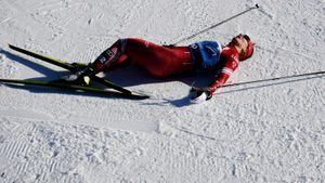 Лучшая русская лыжница Непряева получила травму и сошла на Кубке мира в Швеции. У нее подозрение на перелом