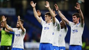 Игроки «Динамо» отказались отсокращения зарплат на40%? Как обстоят дела вдругих клубах РПЛ