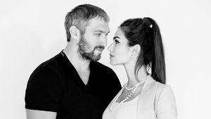 Жена Овечкина показала черно-белое фото с мужем: «Мистер и миссис»