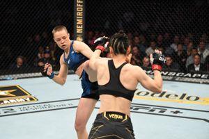 Американская литовка — новая чемпионка UFC. Она вырубила крутую китаянку за 78 секунд, пробив с ноги в голову