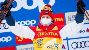 Большунов на финише в Италии объехал Де Фабиани. Он выиграл 5-ю гонку кряду на Тур де Ски, повторив рекорд Устюгова