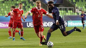 «Русских выбили из колеи. Маслов — 2, Россия — 0». Что пишут иностранцы о поражении нашей «молодежки» Франции