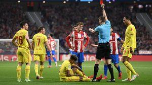 «Атлетико» проиграл «Ливерпулю» в Лиге чемпионов. Гризманн забил 2 гола и удалился с поля