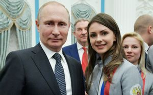 «Наташенька, не уколол ли я тебя?» Фигуристка Забияко рассказала о разговоре с Путиным после ОИ-2018