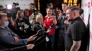 Баста: «Шлеменко, Носов и Хабиб могут собраться и сказать: «Мы не хотим, чтобы алкоголь существовал в России»