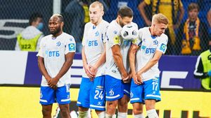 Готовимся грузить «низы»: на Тбилиси надвигается бело-голубая засуха. Прогнозы на «Локомотив» — «Динамо»