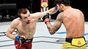 Слабослышащий боец ММА из Дагестана победил в UFC. У Аскарова есть все шансы стать следующим российским чемпионом