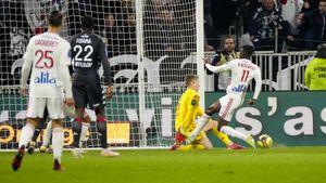 «Монако» без Головина проиграл «Лиону»