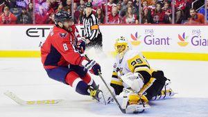 Овечкин наказывал Малкина за грубость, а сам получал 2:8 от «Флайерз». 5 разгромов в НХЛ с участием русских звезд