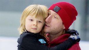 Заведено уголовное дело из-за угроз 6-летнему сыну Плющенко иРудковской всоцсетях