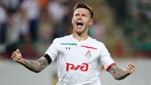 «Жалею, что вернулся в«Динамо» из«Фейеноорда». Смолов— обо всем, кроме футбола