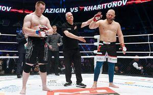Харитонов получил пальцем в глаз, и ему отдали победу. Так он зарабатывает в России