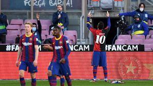 Месси оштрафован на 600 евро за демонстрацию футболки в память о Марадоне во время матча с «Осасуной»