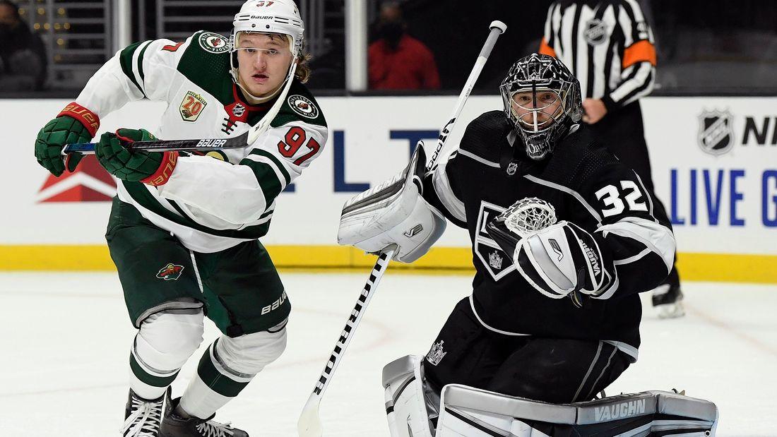 Капризов мощно ворвался в НХЛ! Забил победный гол в овертайме и отдал два ассиста  его не зря ждали 2029 дней