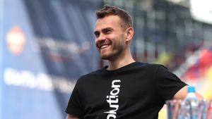 Акинфеев зажег под новую песню Клавы Коки и «Руки Вверх!»: видео