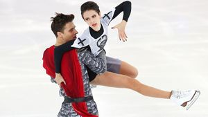 Россия выигрывает короткую программу у пар на командном ЧМ. Появляются шансы на серебро?