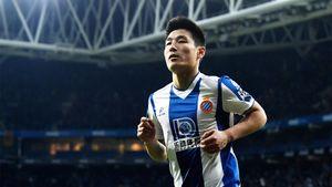 Герой из Китая отобрал победу у «Барсы». Он играл с Халком и забивал Акинфееву в Лиге Европы