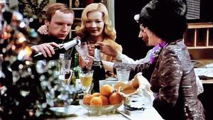 Новогодний стол в СССР: что ели, что пили, как украшали — ретро-фото