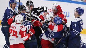 Знарок разгромно проиграл «Динамо» в московском дерби. Но устроил в концовке MMA вместо хоккея