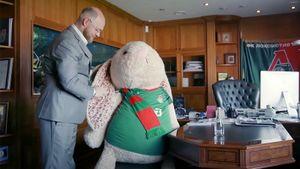 Секретный заяц Геркуса, Фернандеш и жирафы. 10 ярких сцен из фильма про чемпионство «Локо»