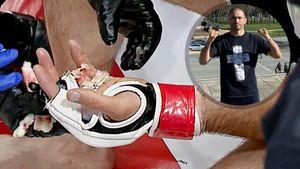 Боец ММА из Осетии целый раунд дрался с оторванным пальцем. Никто не понял, как он его потерял