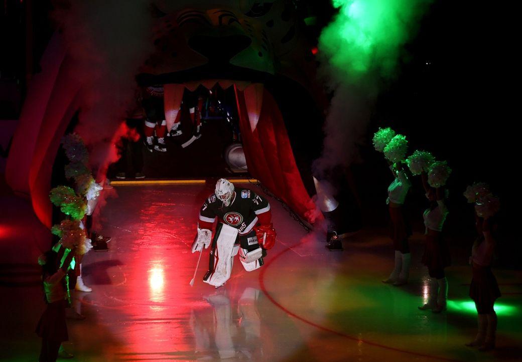 Хоккеисты СКА настарте сезона разгромили «АкБарс»