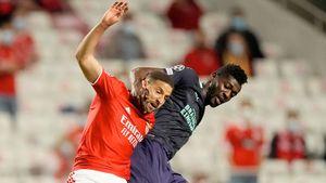 «Бенфика» обыграла ПСВ в первом матче раунда плей-офф квалификации Лиги чемпионов