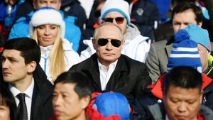 Русские лыжники забрали шесть медалей из шести в первый день Универсиады. При чем здесь Путин?