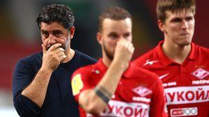 «Спартак» контактирует с тренерами на замену Витории, Роналду вернулся в «МЮ». Трансферы и слухи дня