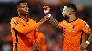 Дубль Депая помог Нидерландам разгромить Гибралтар, Турция на последних секундах вырвала победу у Латвии